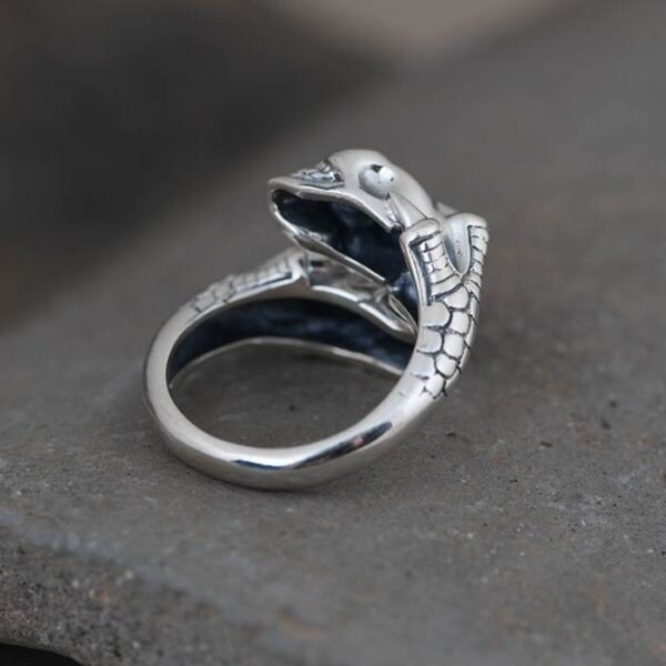 Skull Claw Ring