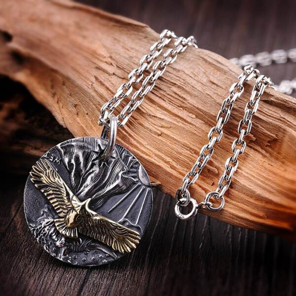 999 Sterling Silver Eagle Disc Pendant Necklace