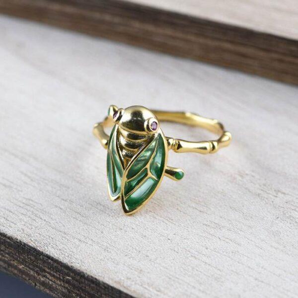 Fashion Enameling Cicada Ring