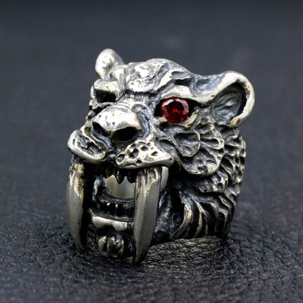 Silver Saber-toothed Tiger Ring
