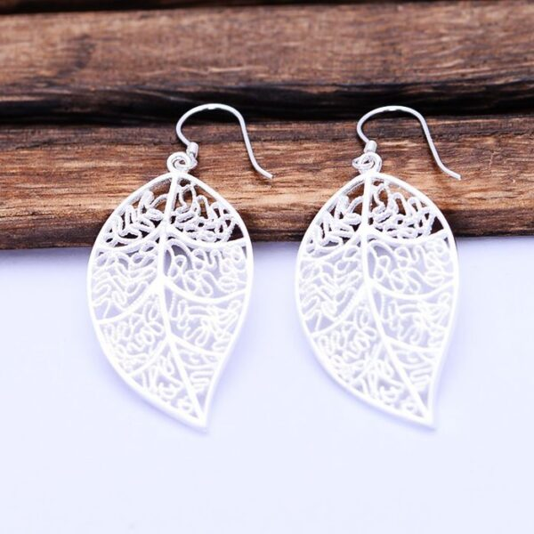 Filigree Long Leaf Earring