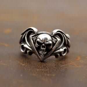 Gothic Skull Silver Ring