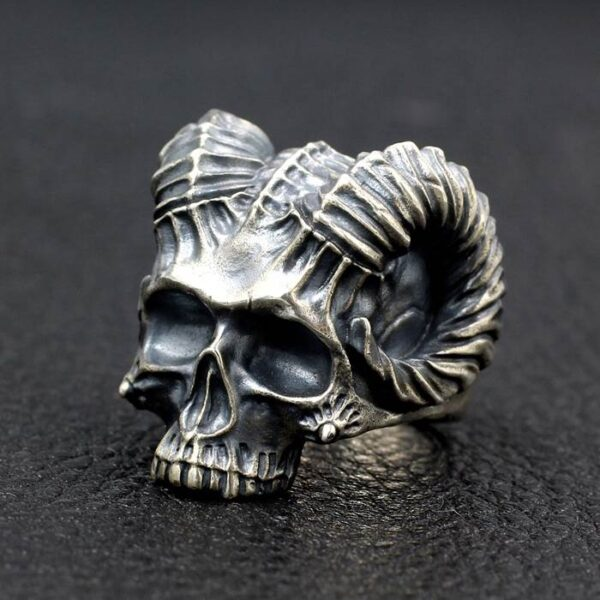 Satanic Horned Devil Skull Ring