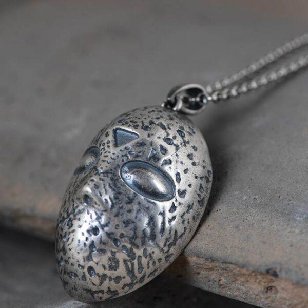 Knight Mask Skull Pendant Necklace
