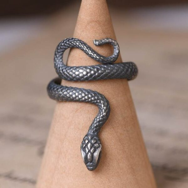 Silver Gothic Snake Ring
