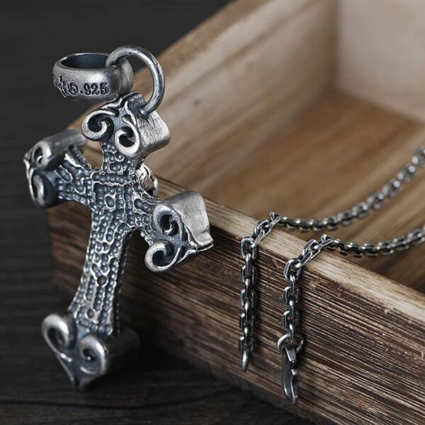 Gothic Skull Cross Pendant Necklace