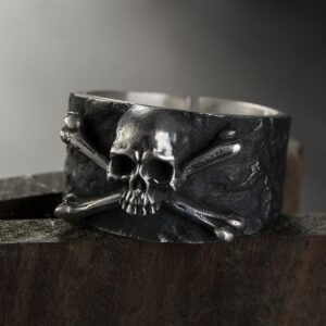 Gothic Skull And Crossbones Ring