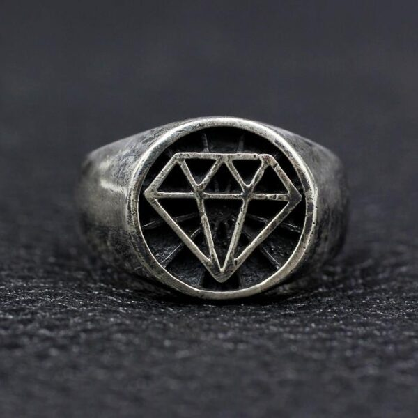 Sterling Silver Diamond Pattern Ring