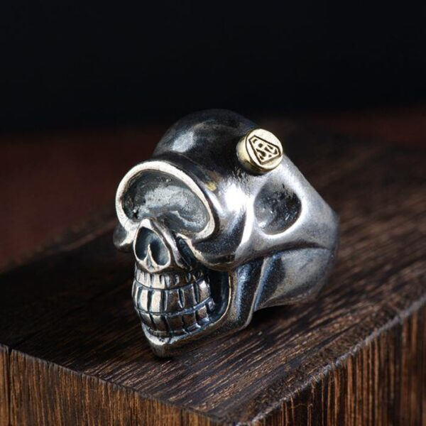 Sterling Silver One-Eyed Skull Ring