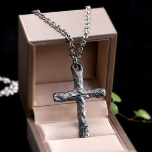 Sterling Silver Cracks Cross Pendant With Anchor Chain