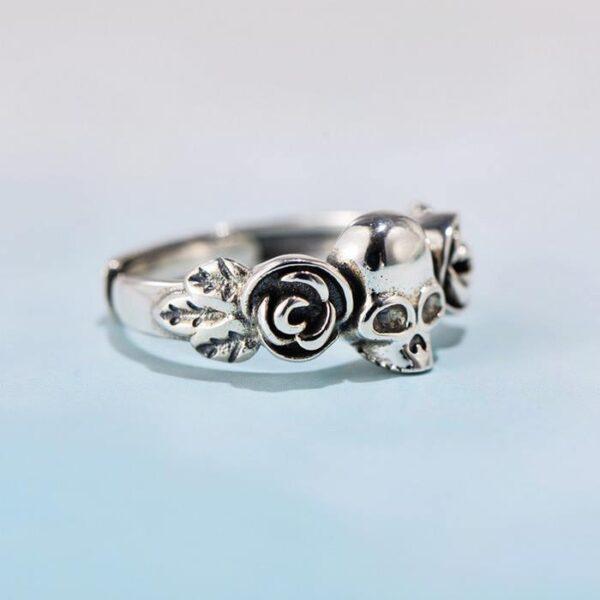 Women Silver Pretty Two Roses Skull Ring