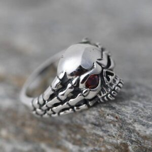 Claws Skull Ring