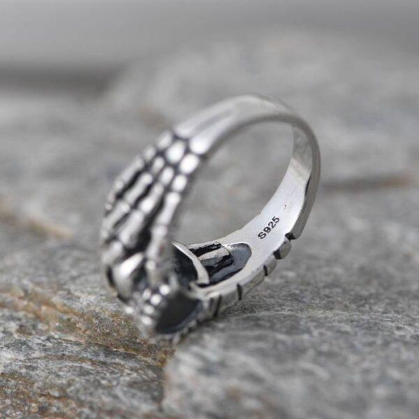 Claws Skull Ring