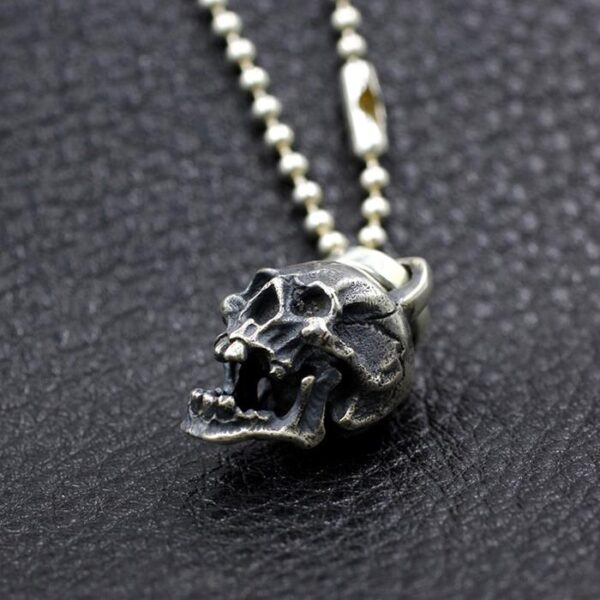 toothy skull pendant necklace