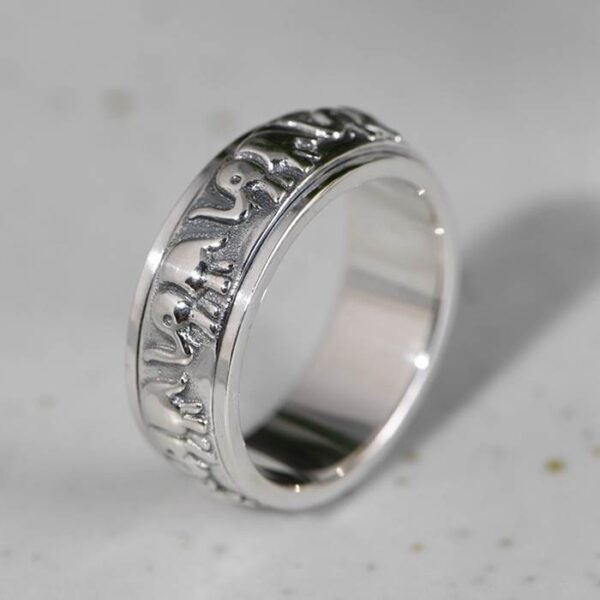 Sterling Silver Elephants Spinner Ring