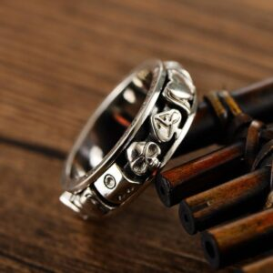 Gamble Poker Skull Spinner Ring
