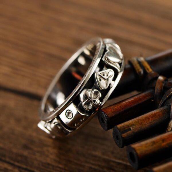 Gamble Poker Skull Spinner Ring