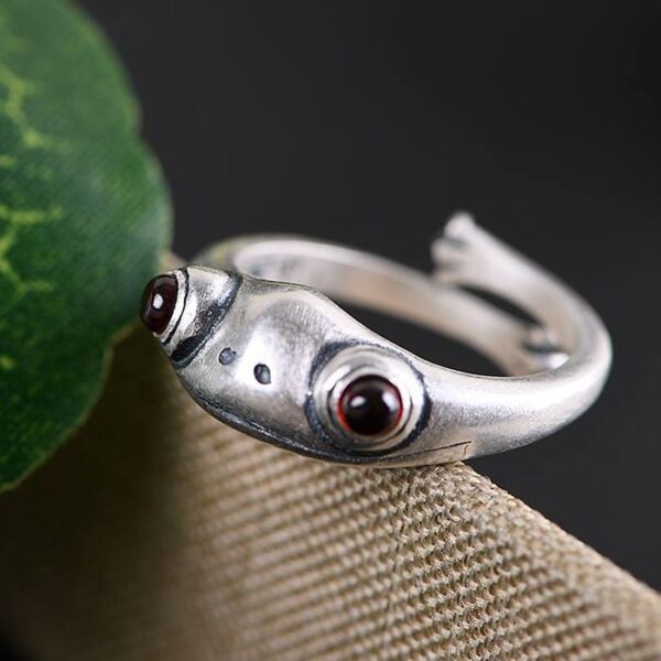 Brushed 990 Silver Frog Ring