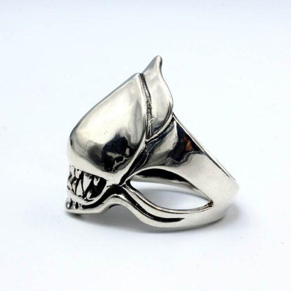 Predator Alien Ring