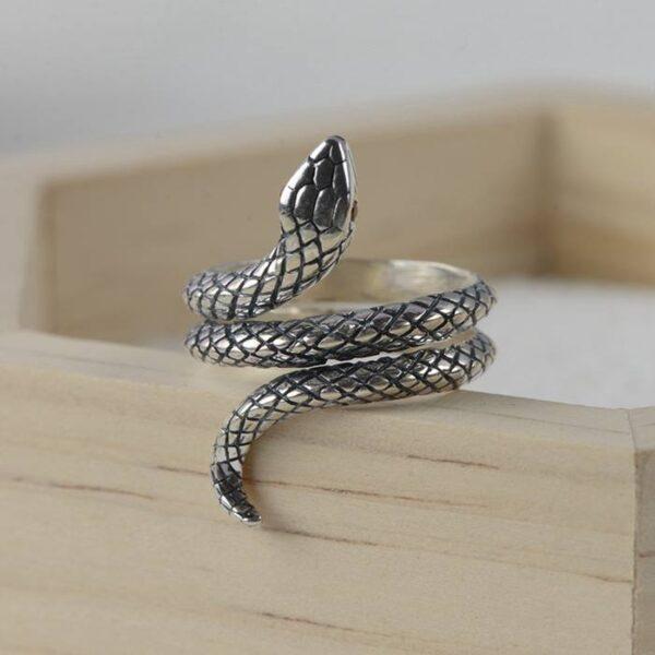 Silver Red Eyes Snake Ring