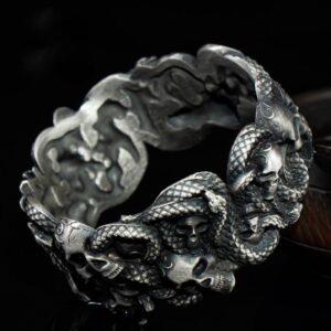 Silver Skulls Snake Cuff Bracelect